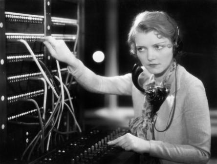 calls.in.queue.image.retro.2014
