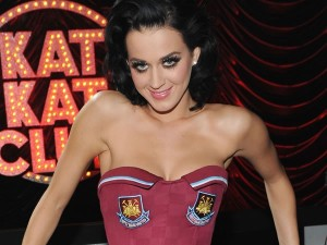 kate.perry.west.ham.united.image.2014