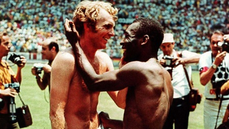 bobby.moore.pele.march.2016