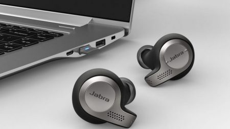 Jabra Microsoft Teams integration with Speak 710 - Contact